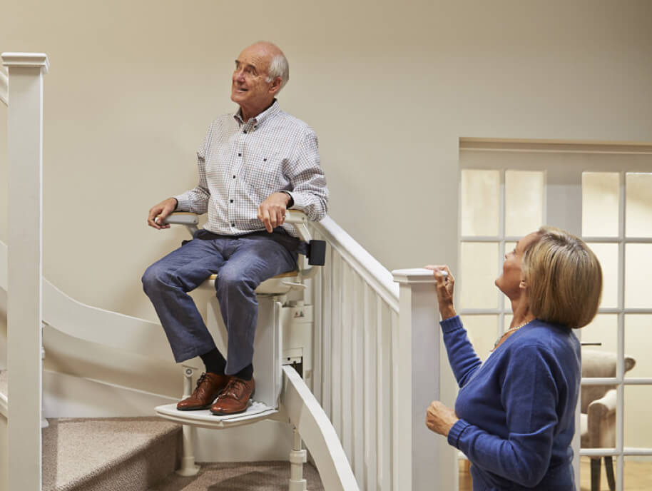 Acorn Stairlift hinged rail option